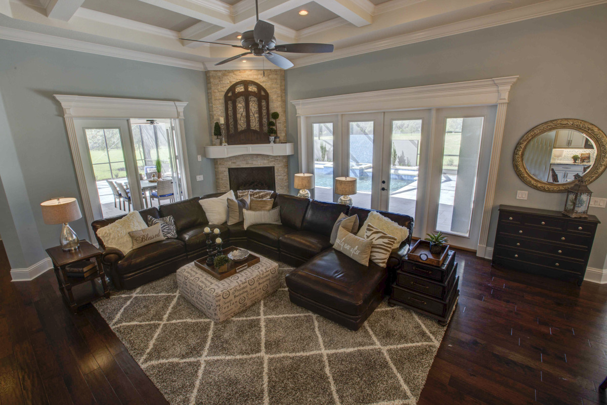 rosewood-family room 1.jpg