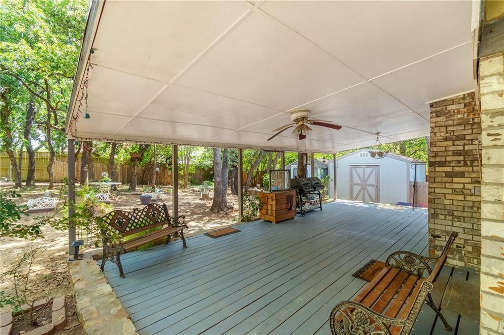 5806 Waterview porch.jpg