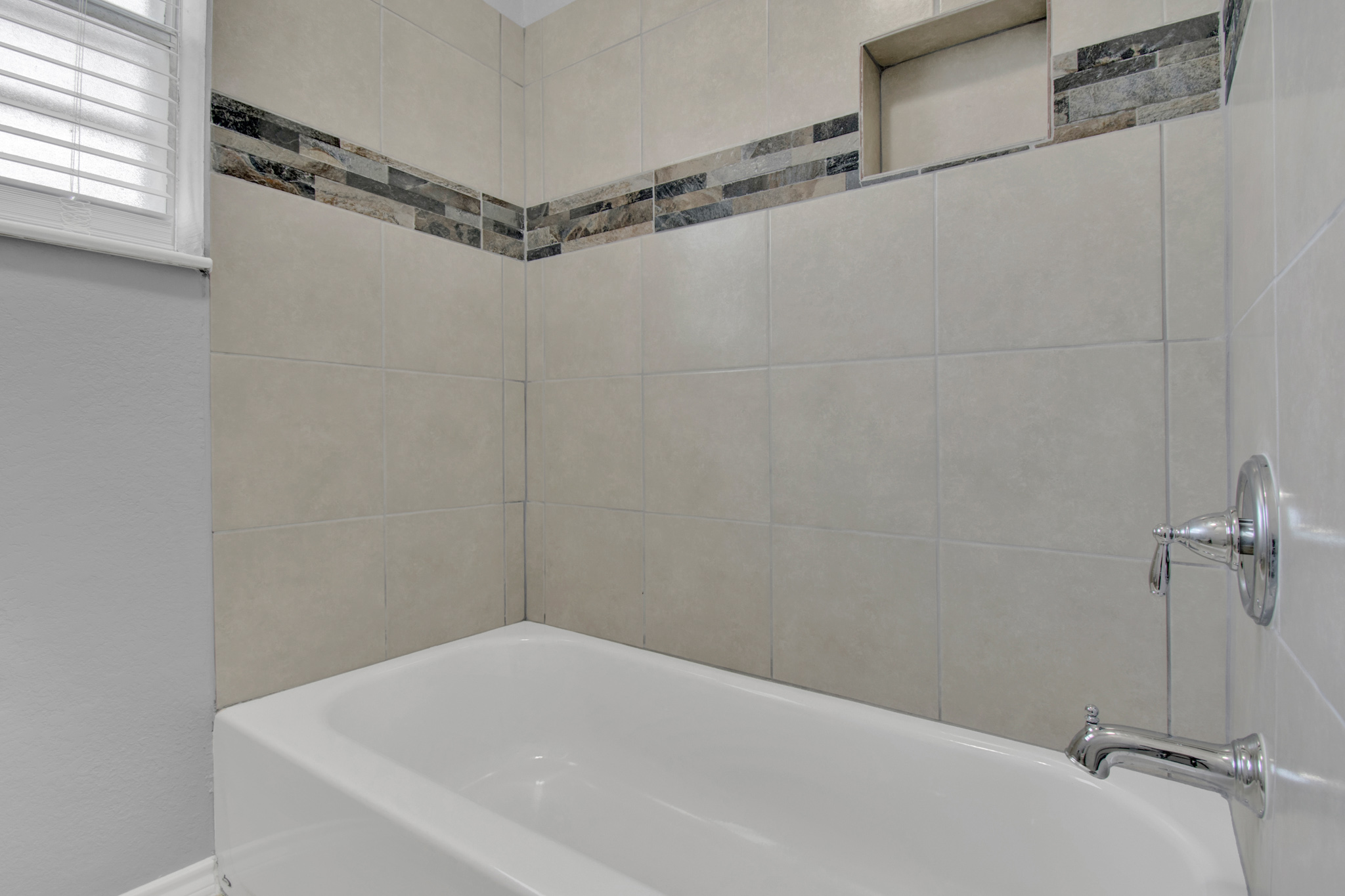104 NW SuzanneTerrace 19.jpg