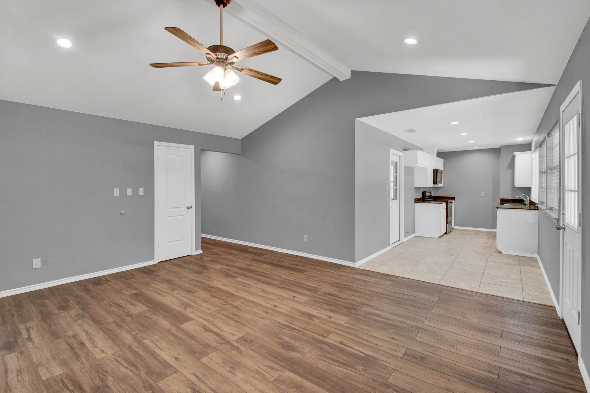 104 NW SuzanneTerrace 6.jpg