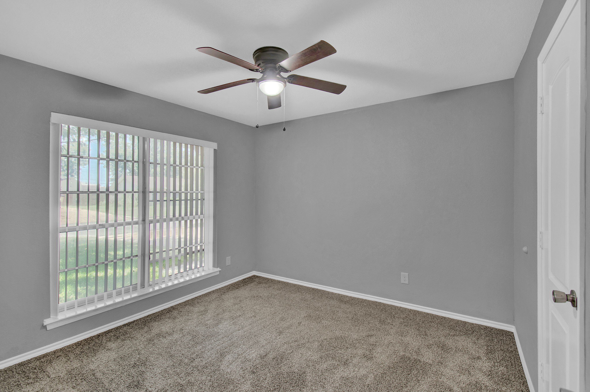 104 NW SuzanneTerrace 11.jpg