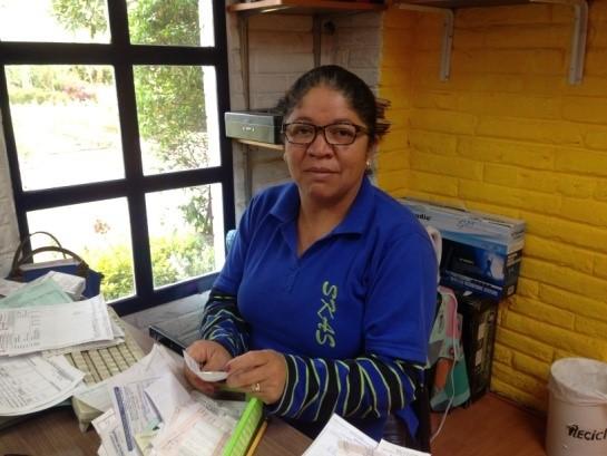 Patricia  Alegre, organizada, respetuosa y honesta. Disfruto mi trabajo porque es para el servicio de todos los niños con sus familias.