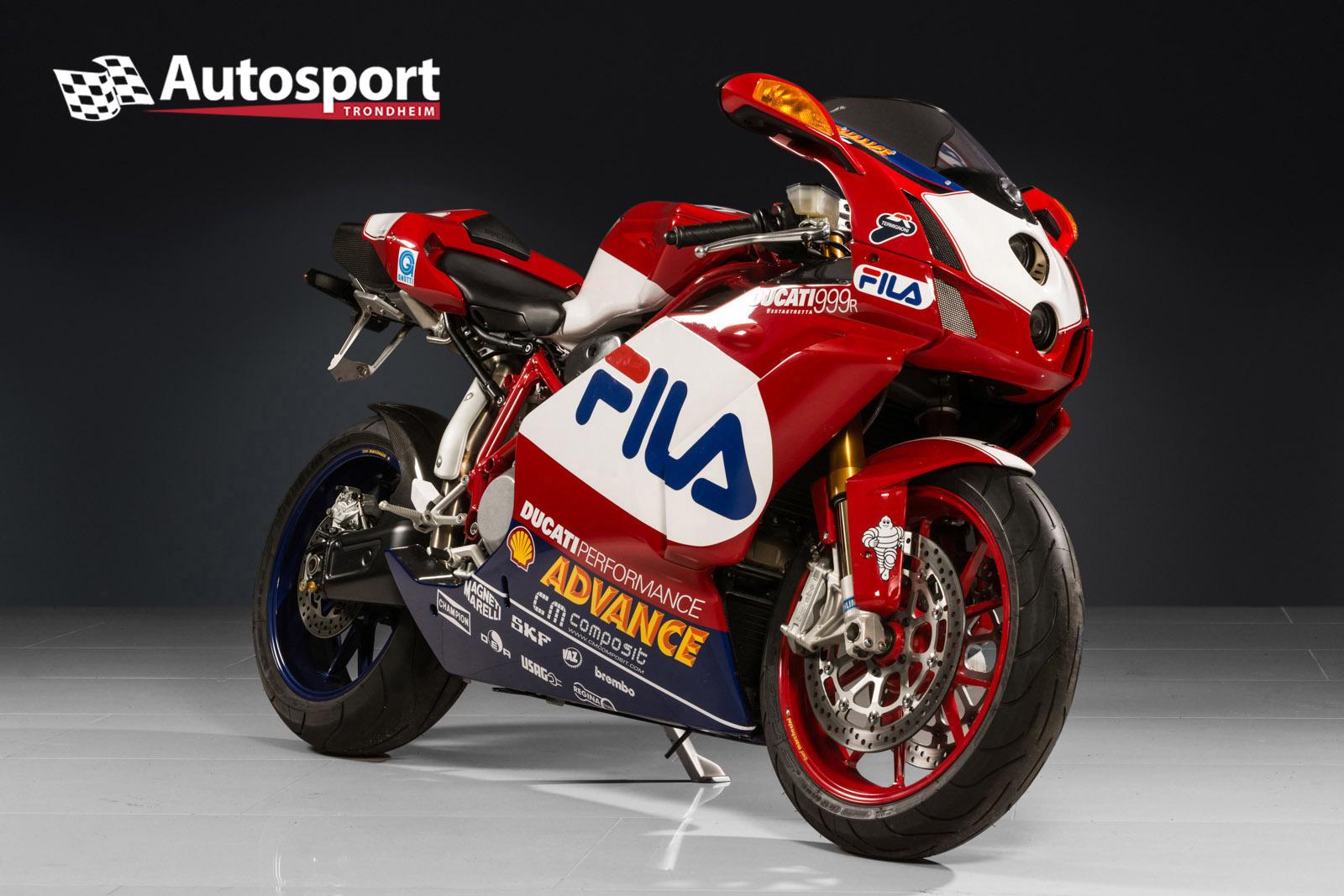Ducati_FILA_01.jpg