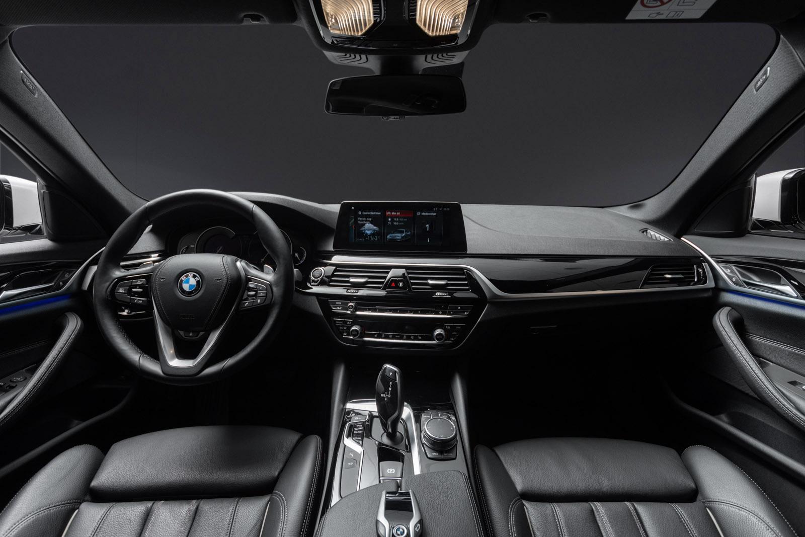 BMW_30.jpg