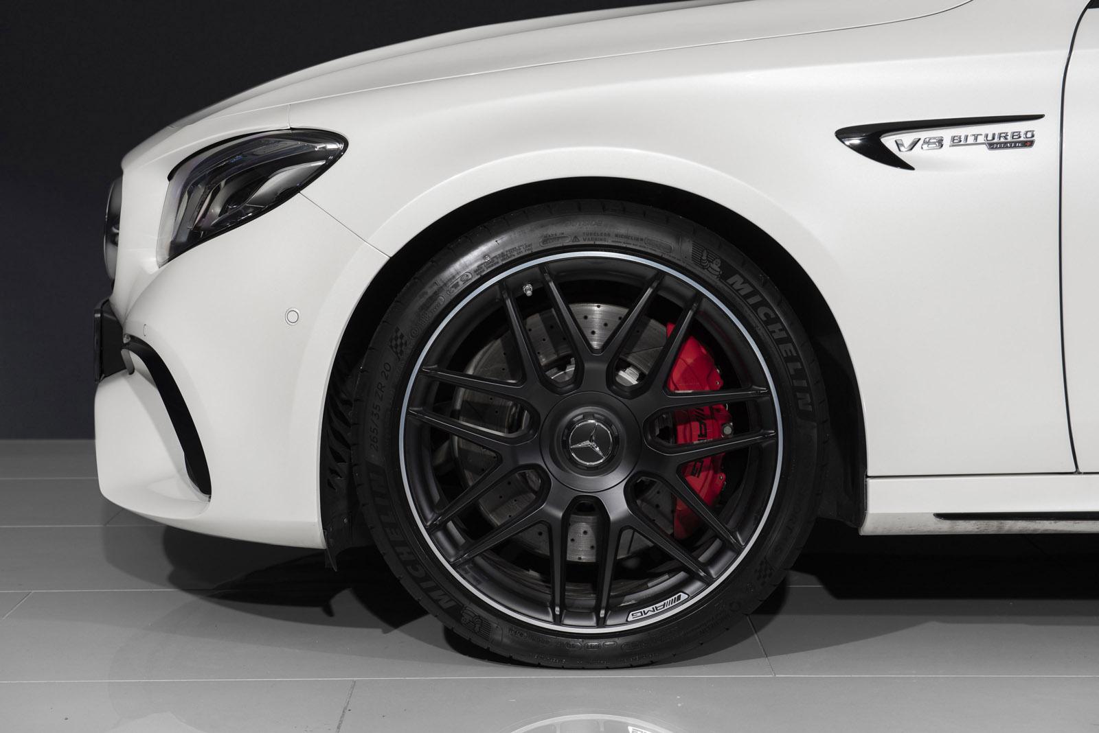 Mercedes_5.jpg