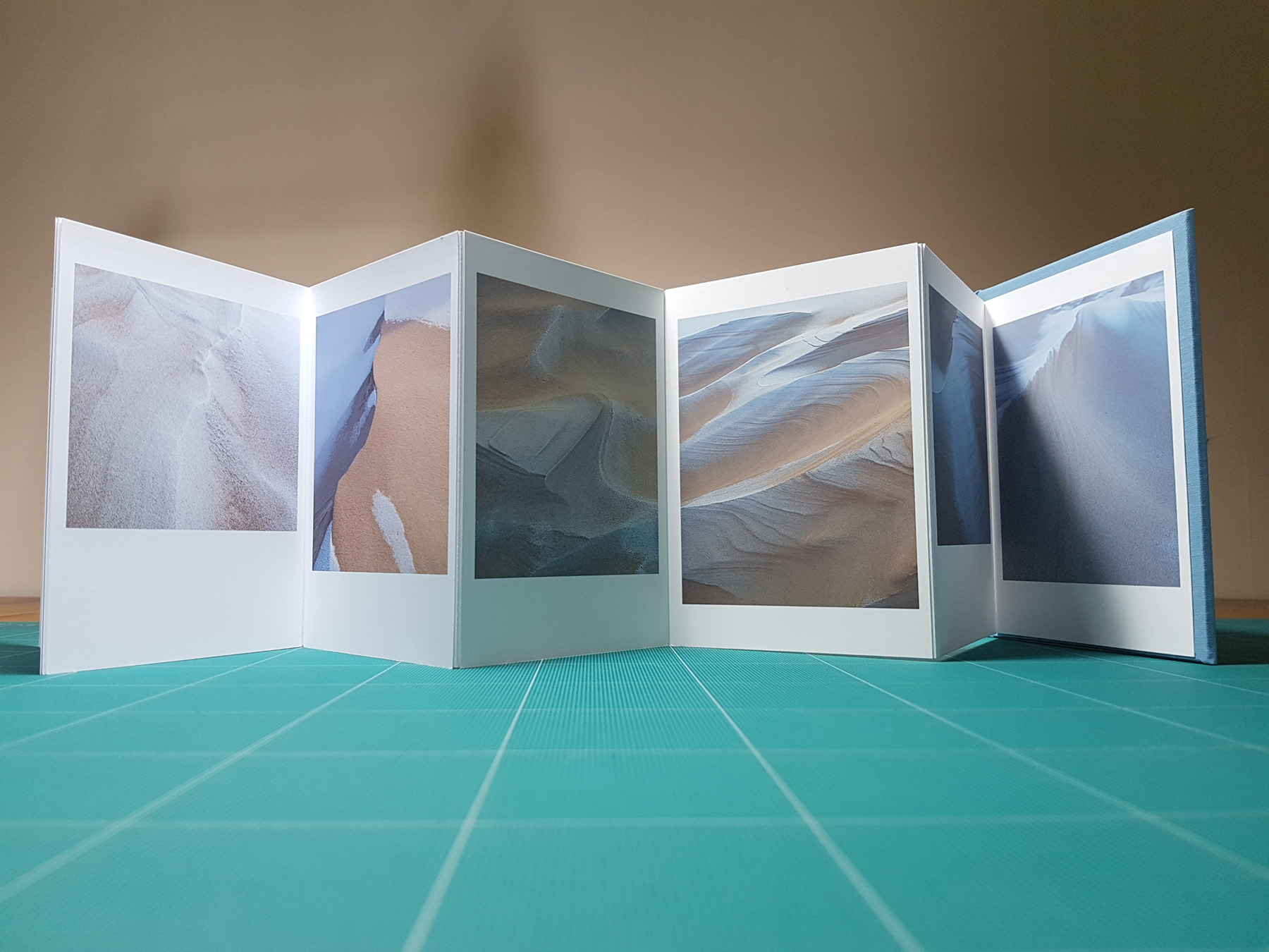 Frosted Sands interior concertina