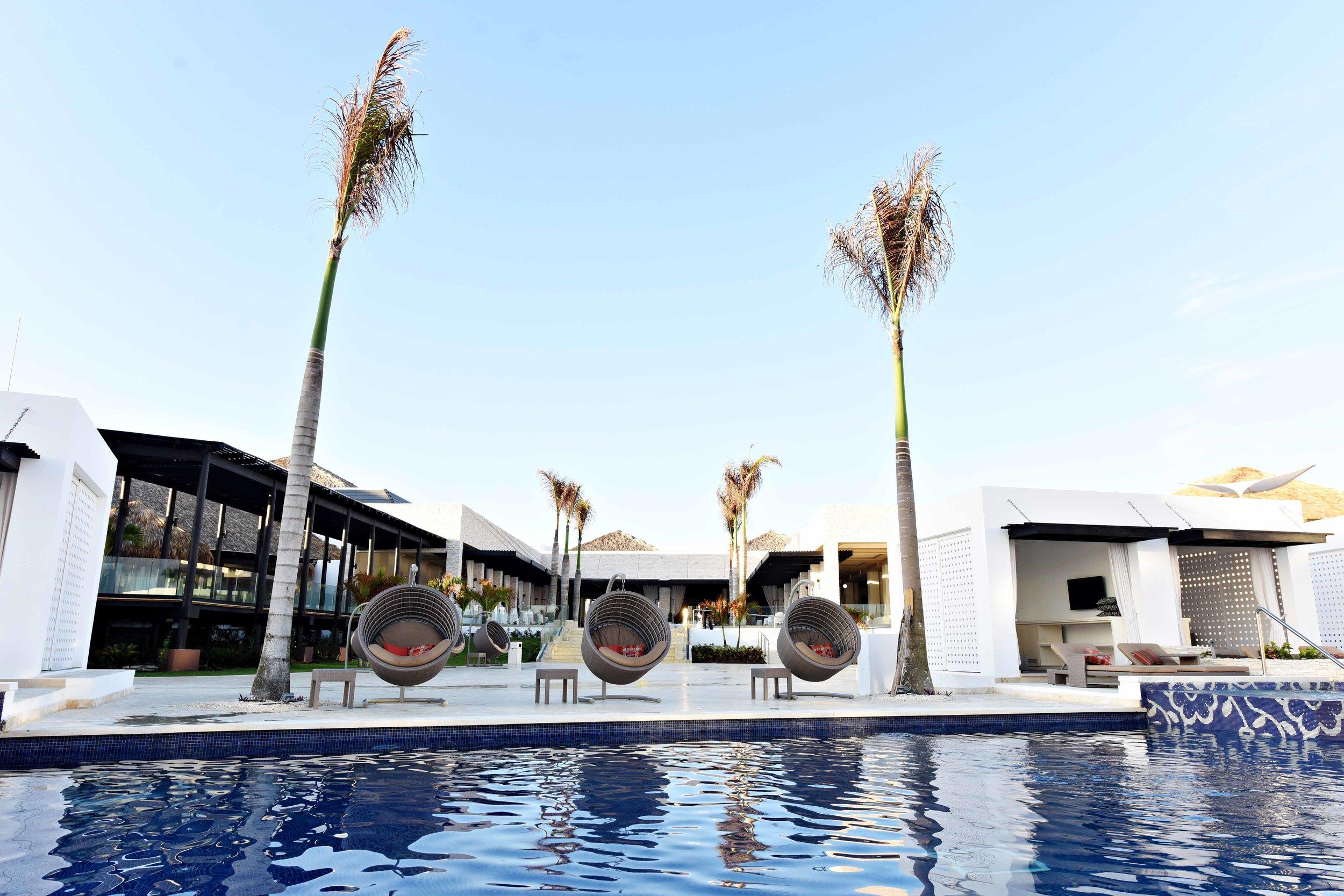 Pool Cabana 2.jpg