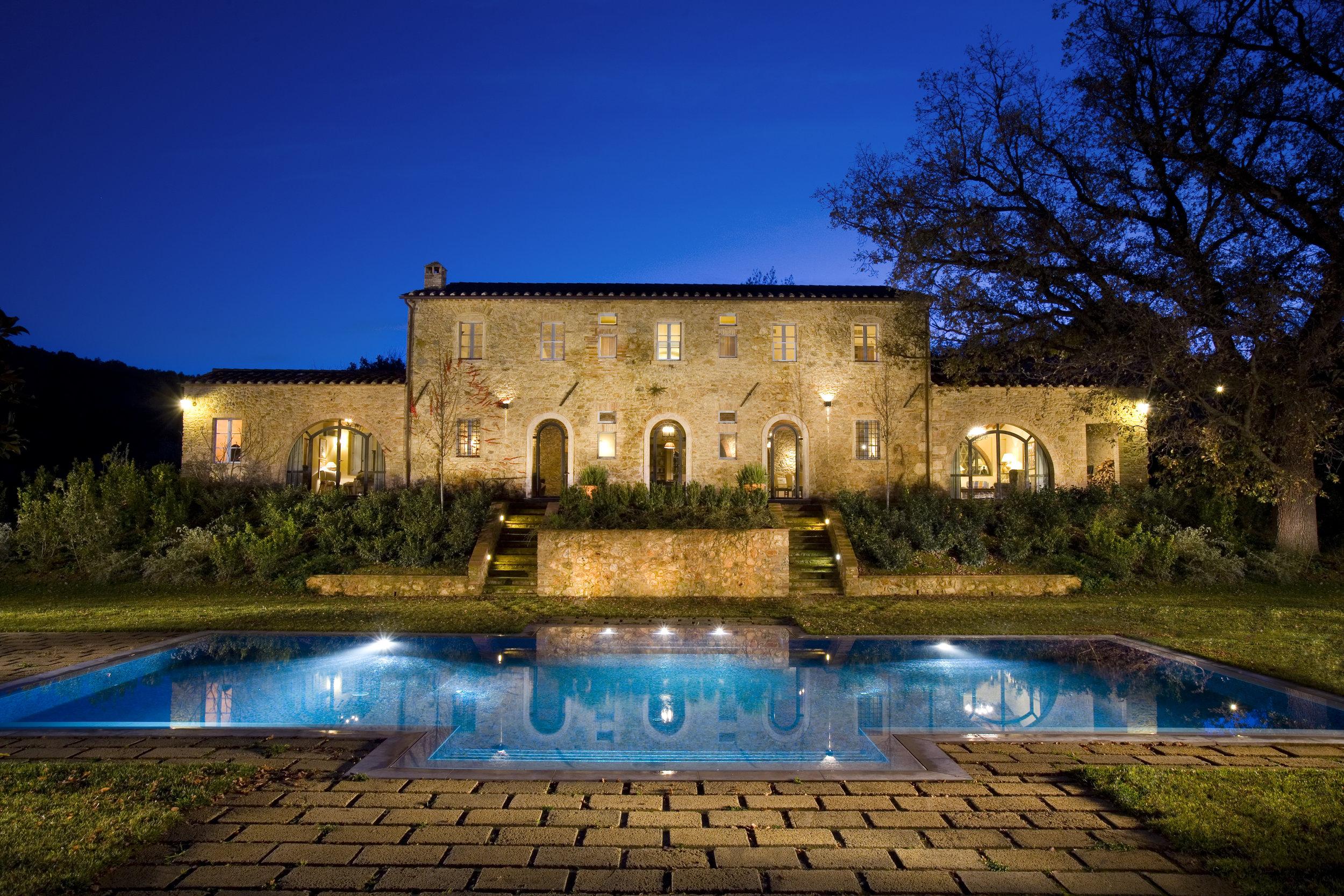 tuscany-italy-paradiso-pool.jpg