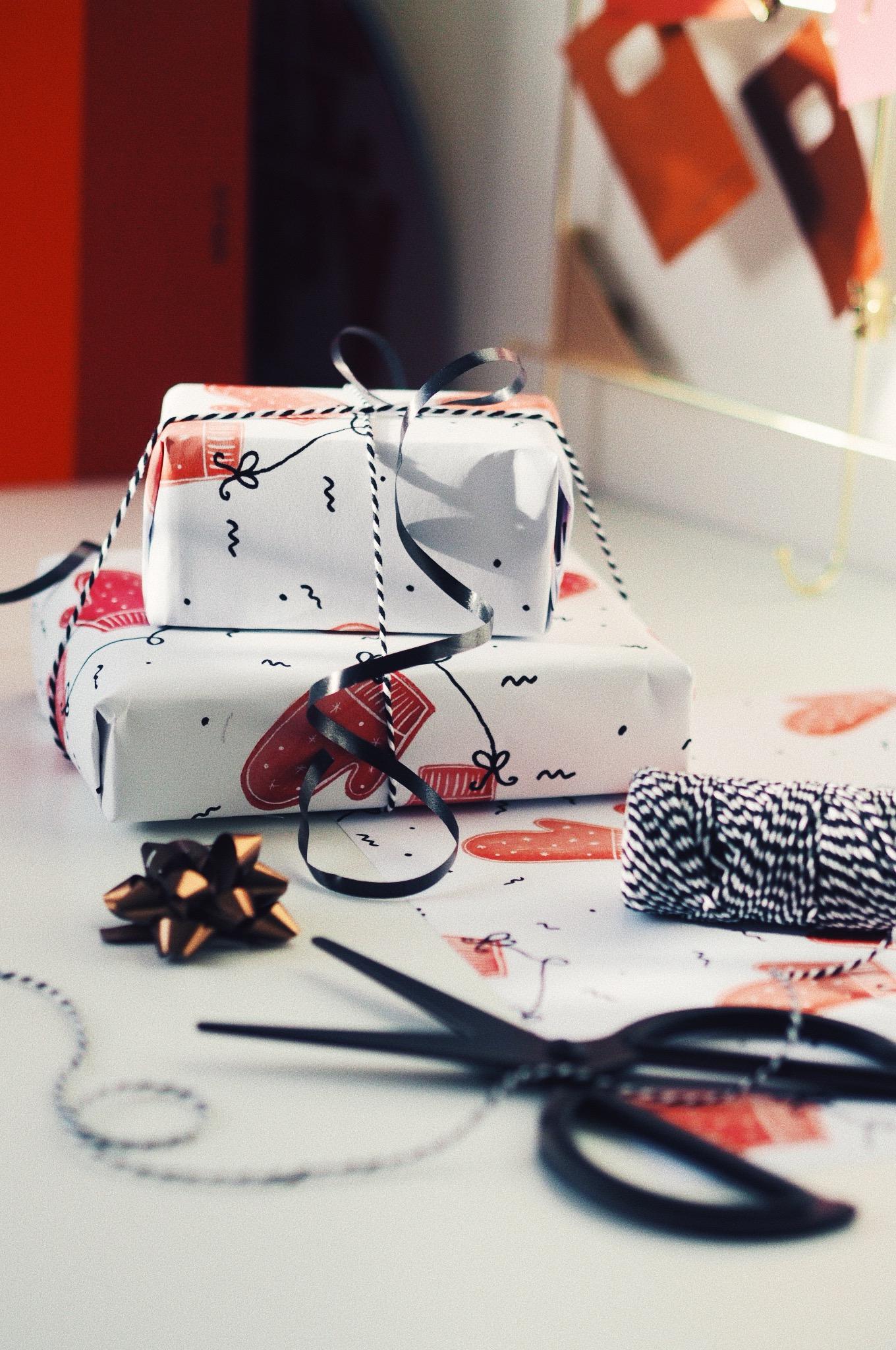 christmas-wrap-made-with-procreate.jpg