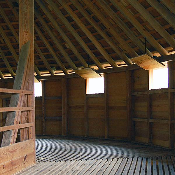 Mount Vernon Treading Barn Historic Reconstruction
