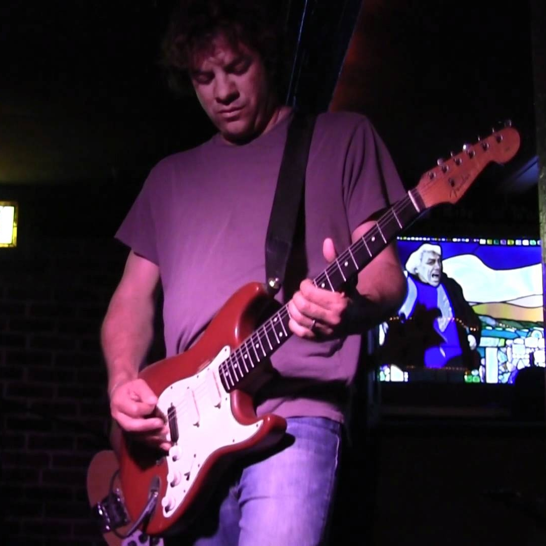8/4 Chris Harford's Band of Changes Sun