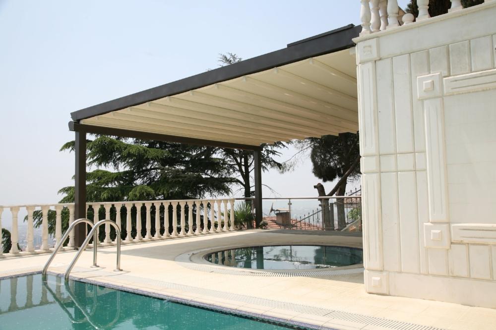 pergola-roof-terrace-pool.jpg