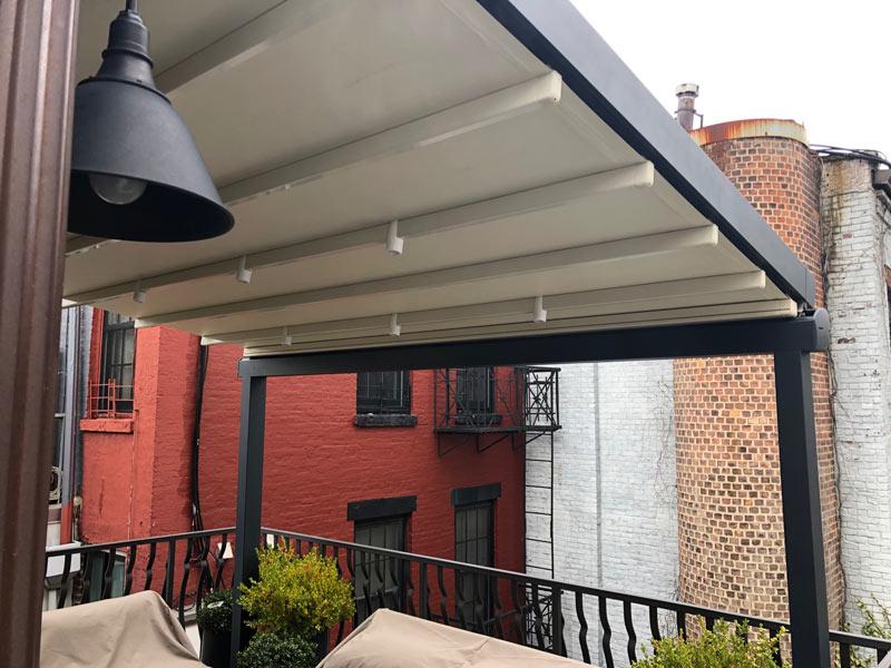 lower-manhattan-pergola-retractable-awning.jpg