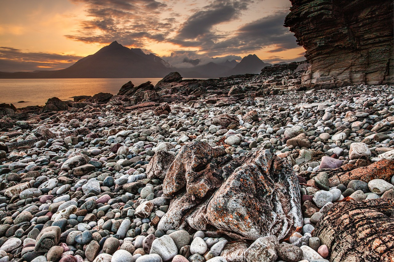 Cuillin Hills, Isle of Skye -  Tour & Walk in small groups - Roaming Scotland..jpg