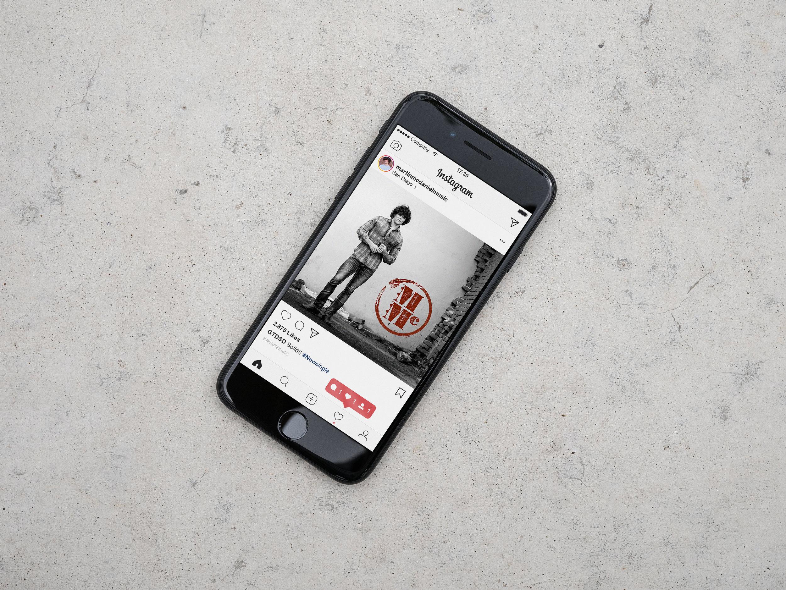 iphone7-concrete-freebie.jpg