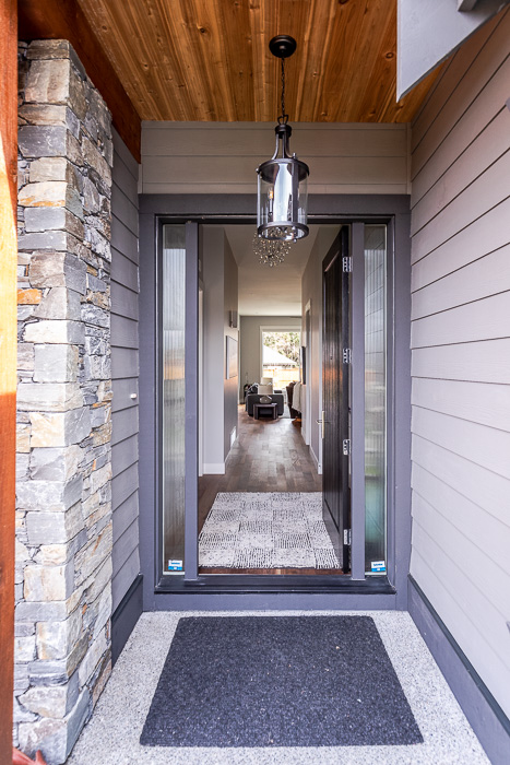 694_lowrys_road_parksville_vancouver_island_home_for_sale_entry_door.jpg