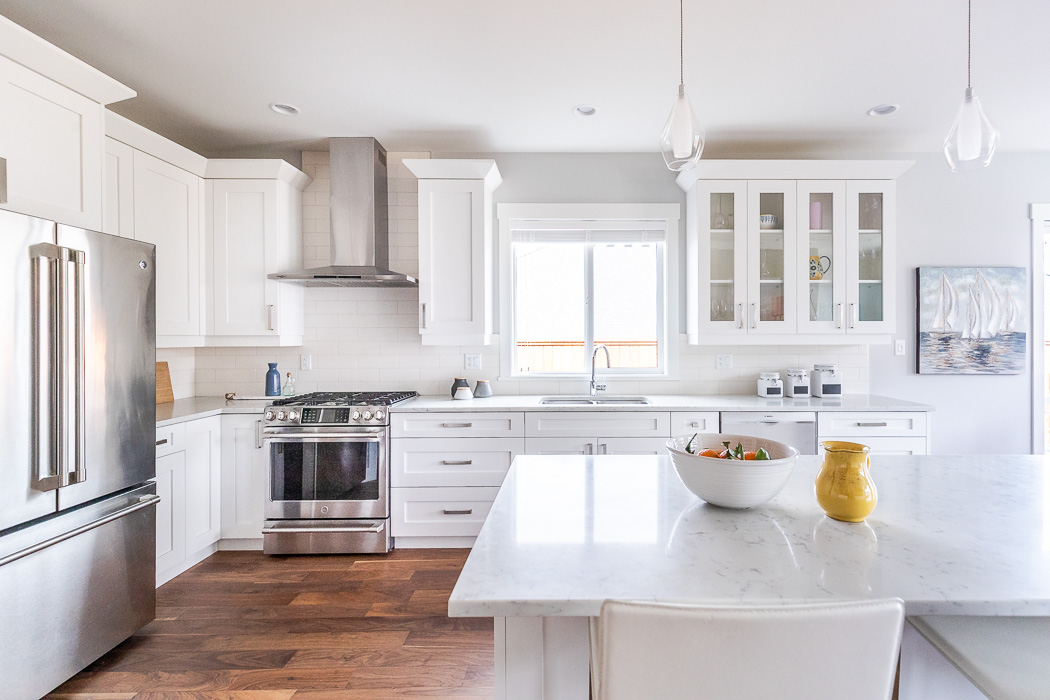 694_lowrys_road_parksville_vancouver_island_home_for_sale_kitchen_island.jpg