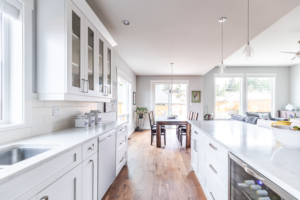 694_lowrys_road_parksville_vancouver_island_home_for_sale_kitchen_dining.jpg