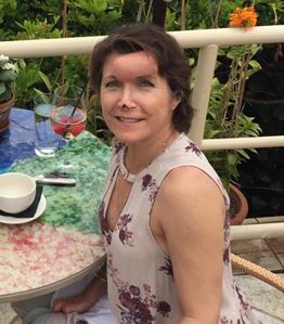 Roxanne Ouweleen, 49