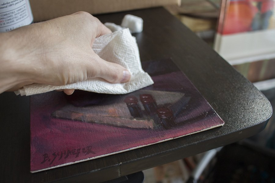 removing-gamsol-with-paper-towel.jpg