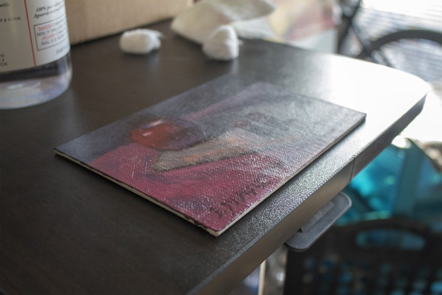 surface-quality-difference-varnish.jpg