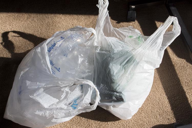 packing-materials-airbags-newspaper.jpg