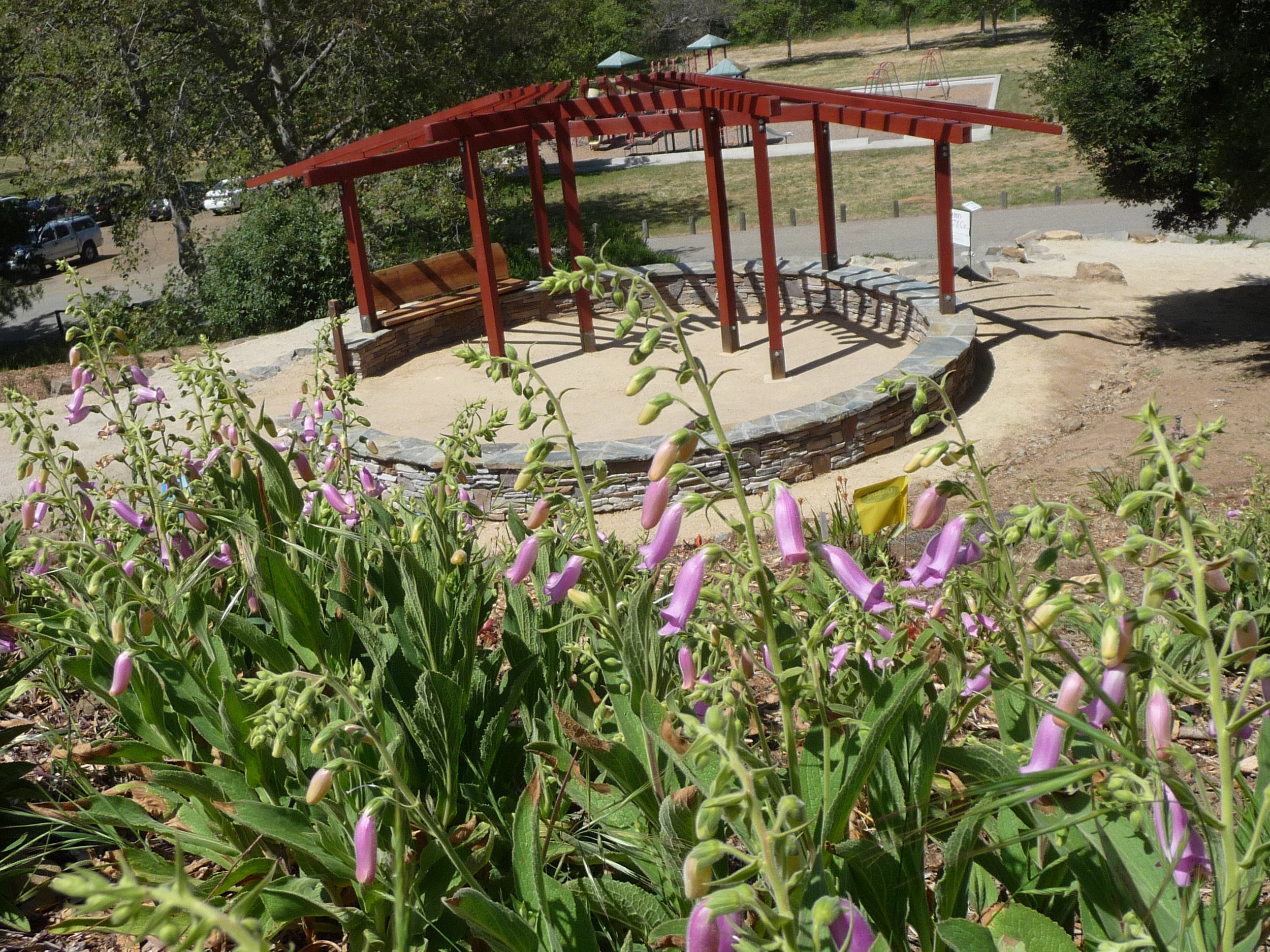 Fire Safe Demonstation Garden  Brochure ( Print ) ( Mobile )  The Fire Safe Garden, situated on a 1-acre hillside located between the existing Oak Glen Pavilion and Display Garden, provides a working model of landscape design principles aimed specifically at protecting property from the devastating effects of wildfire.