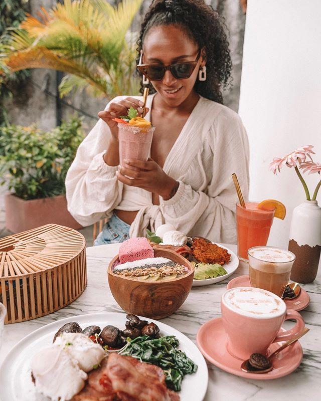 Ways to my heart: Make me food Buy me food Be food @coffeecartelbali 💖🌸