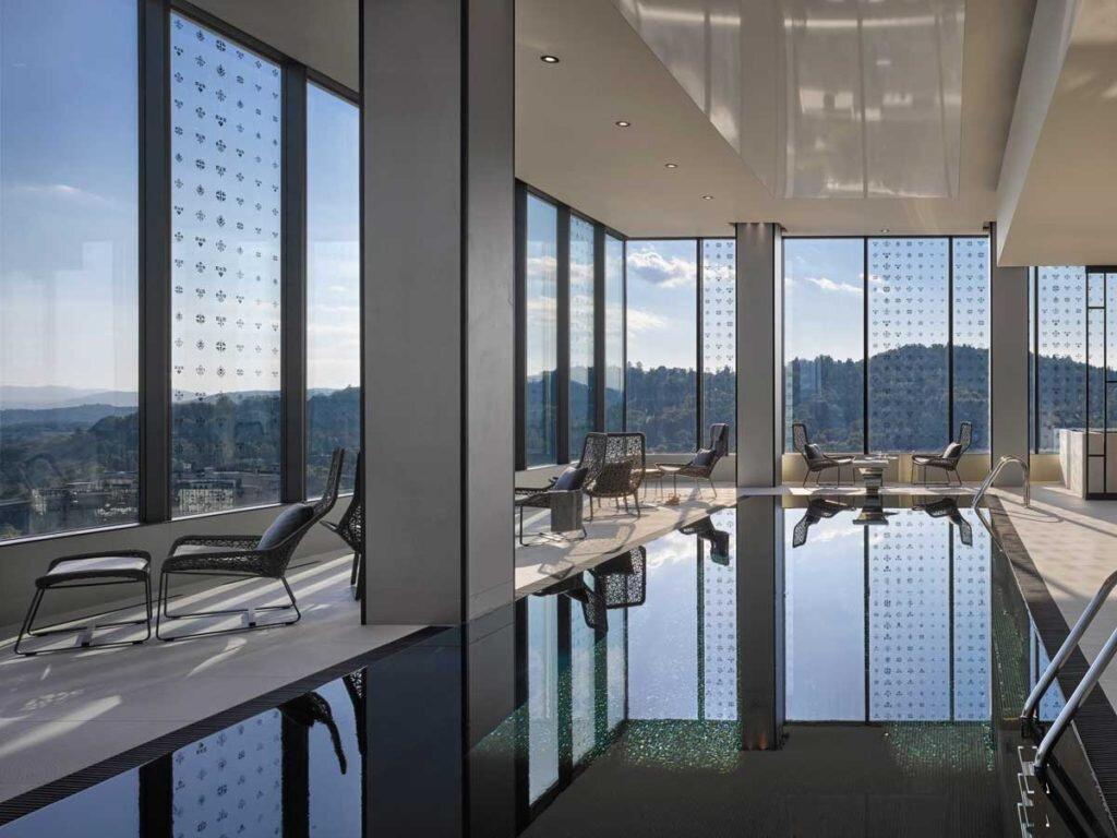 Intercontinental Ljubljana Saruna Wellness swimming pool