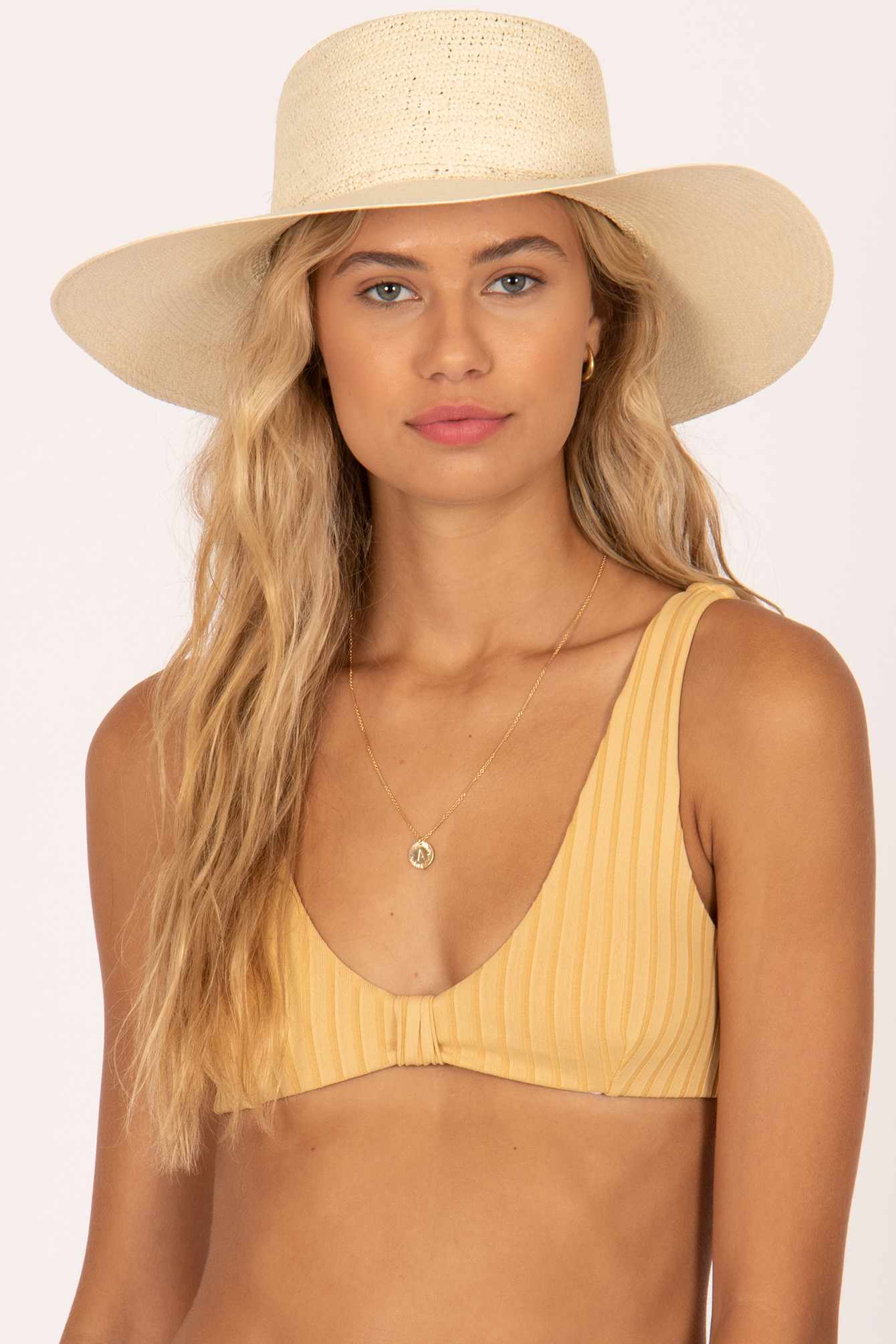 A Greenpacha favorite with a different look–the Lina Boater Hat. -