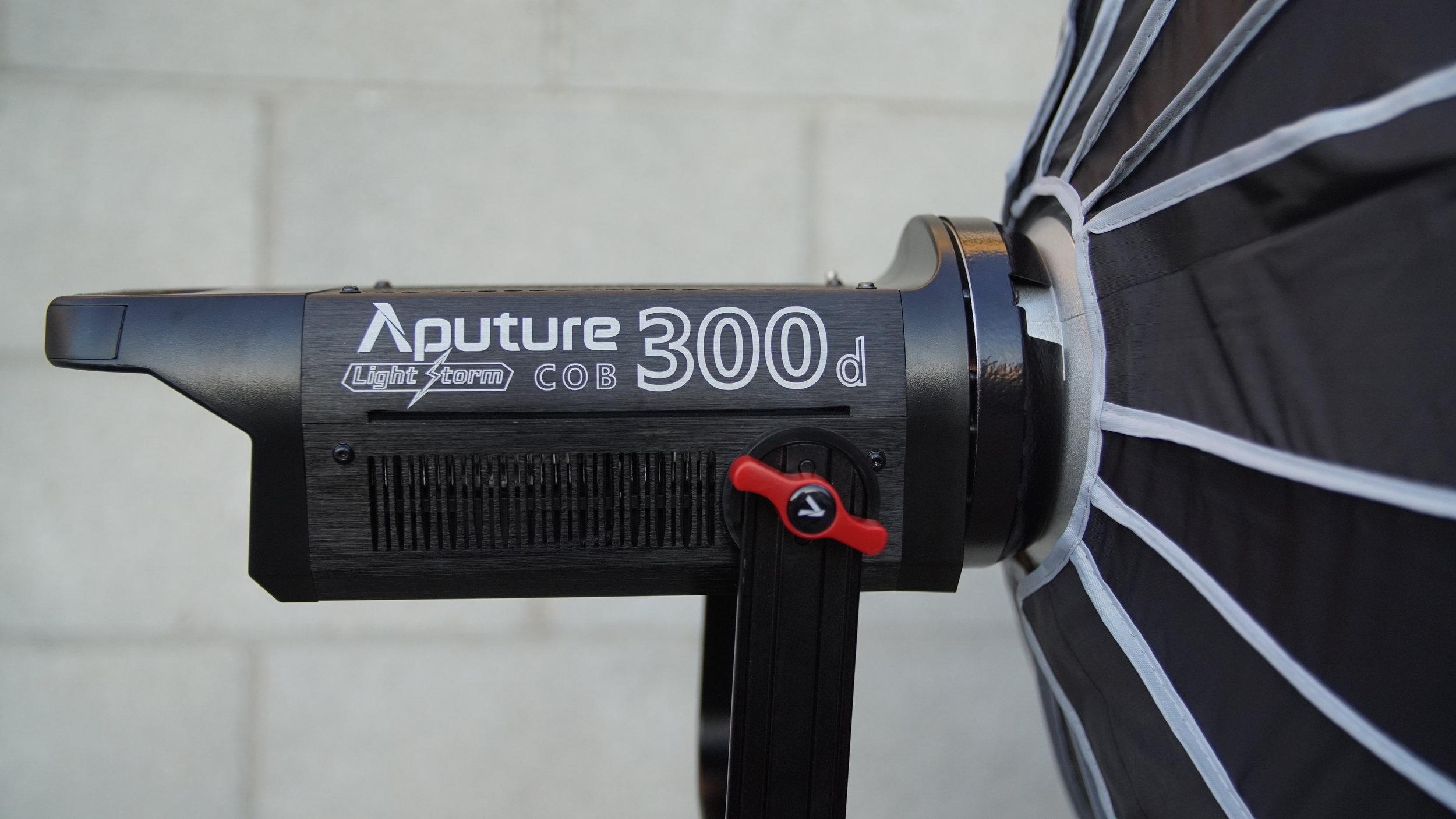 Apurture 300D