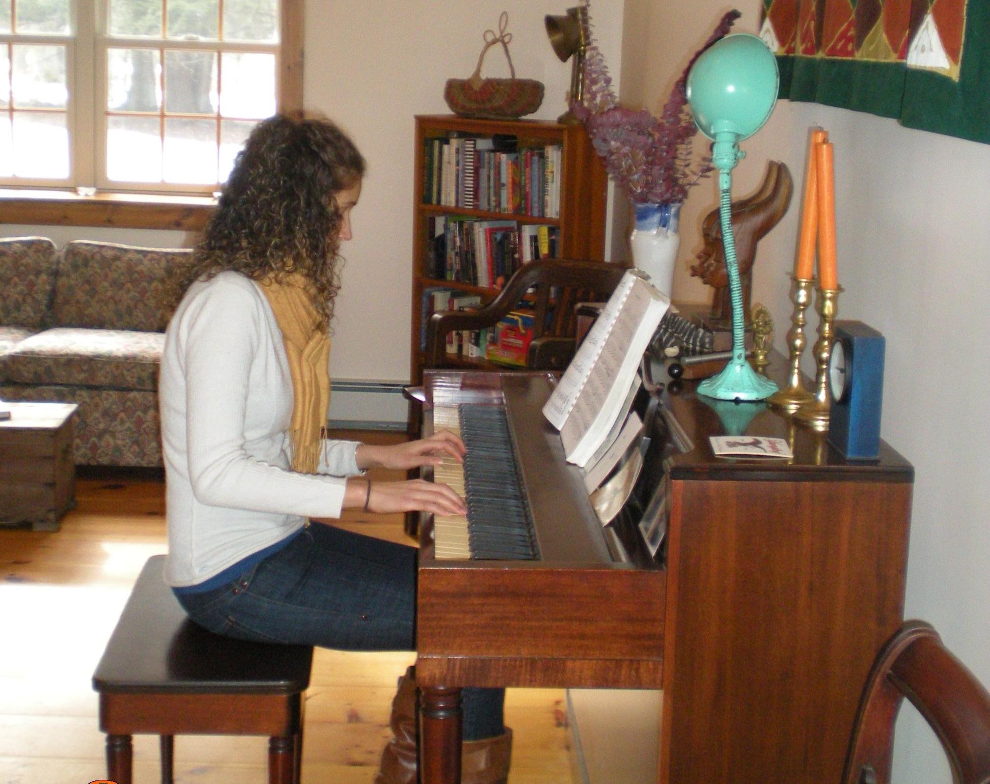 Cassie & piano March 09 - 9.jpg
