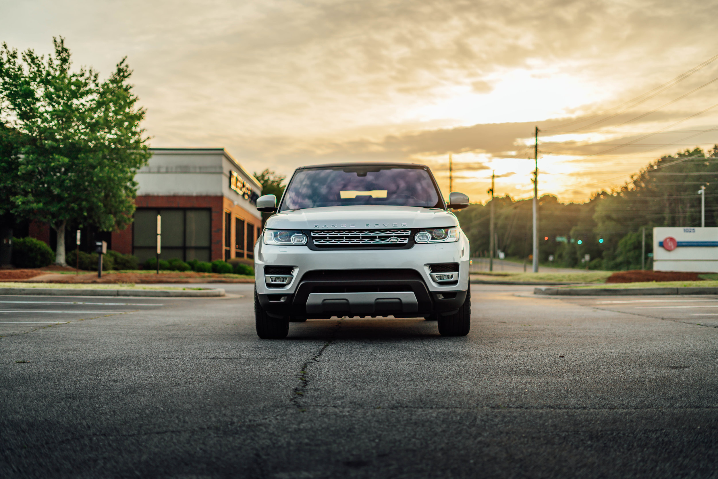 20190504 Land Rover-3.jpg