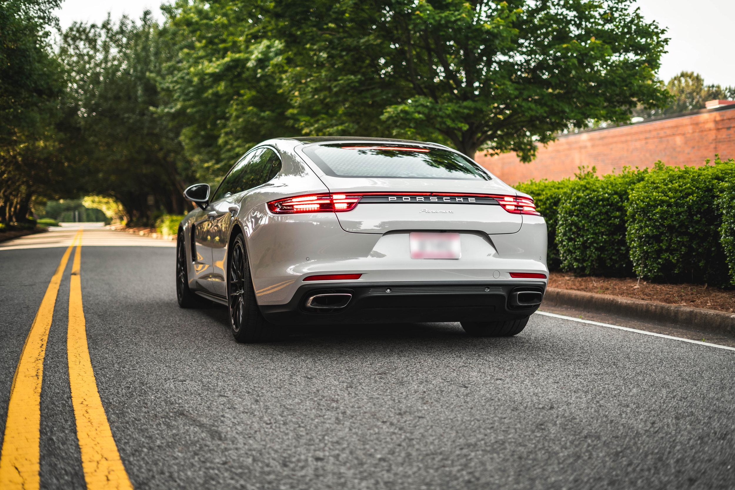 20190504 Porsche-1 Blur.jpg