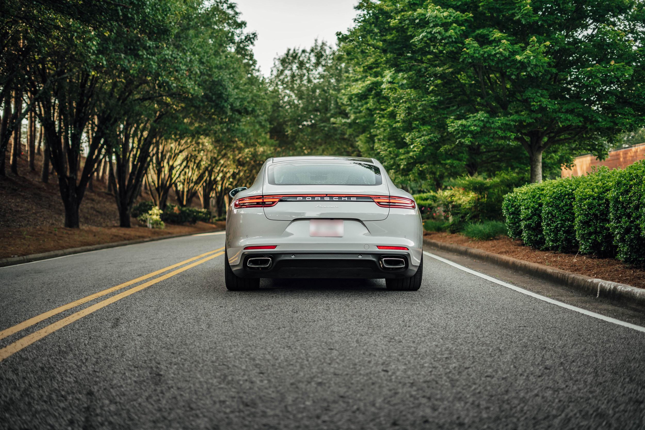 20190504 Porsche-13 Blur.jpg