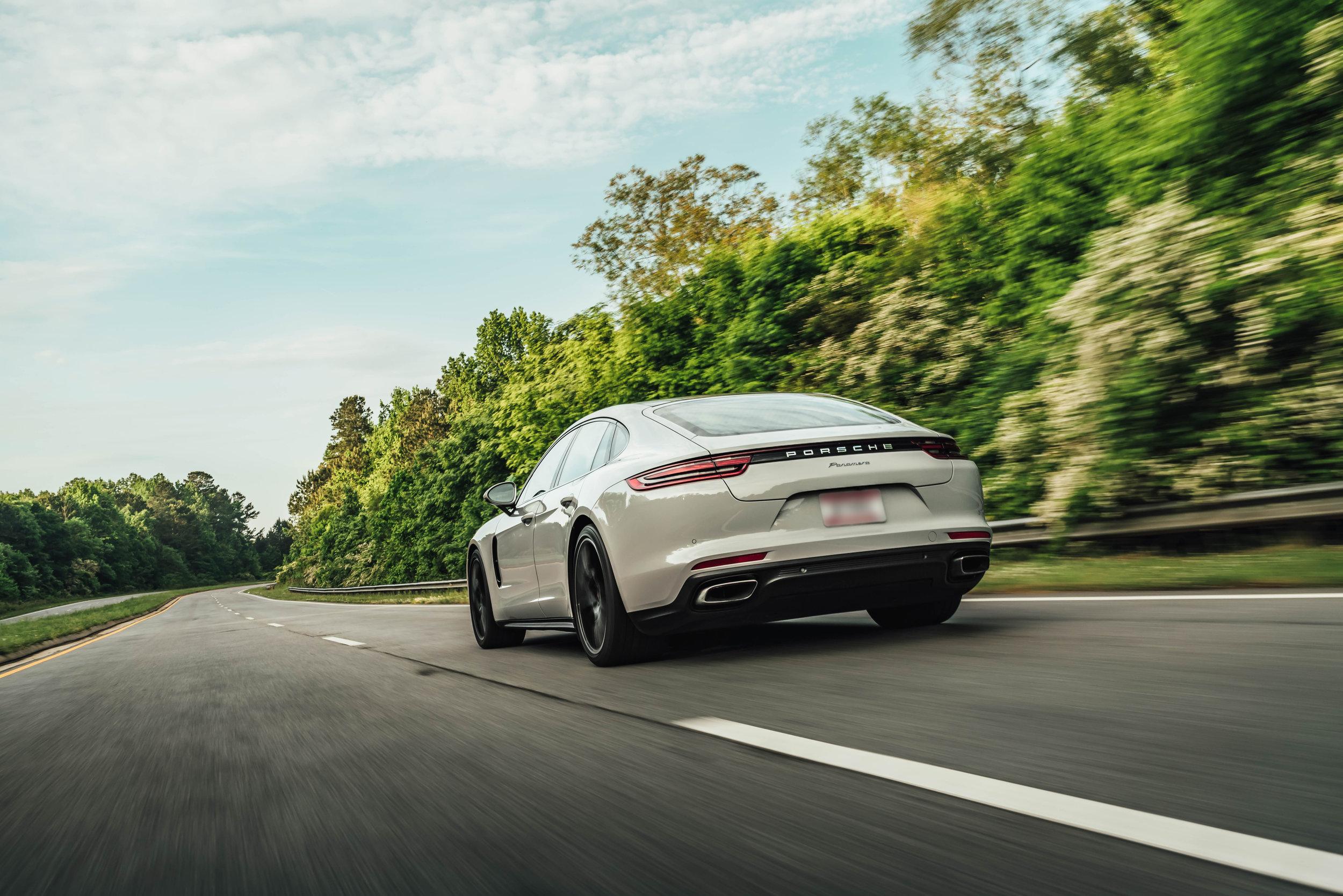 20190504 Porsche-4 Blur.jpg