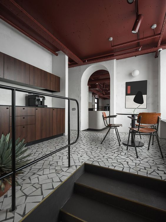 BELARUS VIZOR OFFICE BY STUDIO11