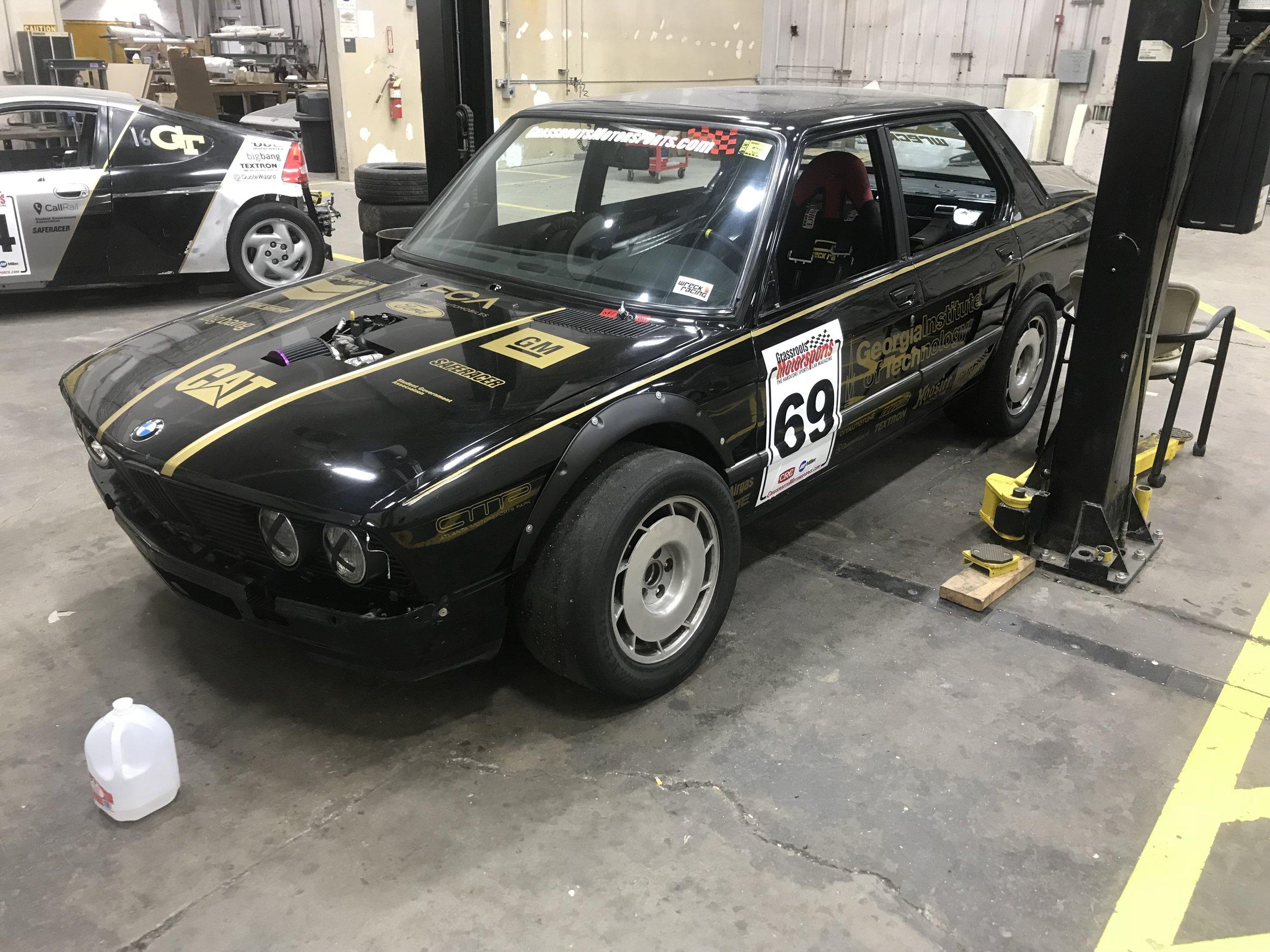 Wreck Racing BMW E28