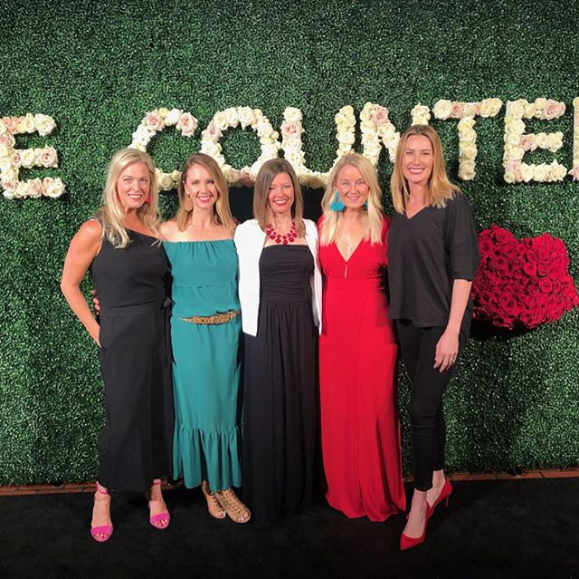Just reflecting on a weekend full of strong 💪🏼 , fun, inspiring and laugh-out-loud funny 😁 women.  #beautycountersummit2018 was tops in my opinion and I have been to several conferences like this.  Beautycounter treated us right from the food (snacks and rose 🍷FTW, people), the speakers (hello, @mariashriver) and the swag bags 👏🏼(new products coming soon!!!) I love that I chose to become a Beautycounter client 3 1/2 years ago and a consultant a year after that.  This company is all about transparency and treating people and the environment the way they should be treated.❤️ • • • • #beautycounter #betterbeauty #safebeautymovement #healthcoach #cleanbeauty #cleanliving #mariashriver #roséwine #swagbags
