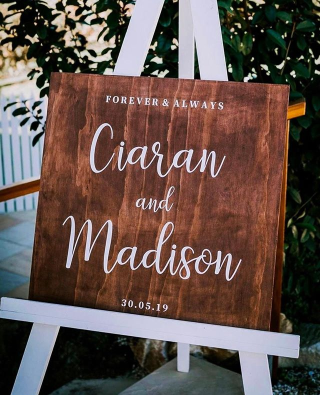 How sweet is this white easel (oh and that totally cute sign I made) ♥️  To me this photo looks like a balmy afternoon, the sun is shining and you can feel the love in the air. Its the type of moment when you just can't help but smile and have an extra spring in your step!    #welcomesign #modernsign #brisbanevents #sydneywedding #perthwedding #melbournewedding #margaretriverwedding #sydneyevents #melbourneevents #eventdecor #eventstylist #eventinspo #weddinginspo #brisbanewedding#brunch #ceremonydecor #brisbanecreative #stylinginspo #eventinspo #eventinspiration #weddingvendor #whiteweddingsign #melbournebride #surnamesign #newlywed #coolweddinginspo #uniqueweddingideas #hellomay #realwedding