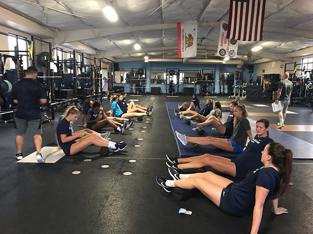 Two and a half weeks of hard work has come to an end! Thanks to our volleyball and football athletes who were super professional and a complete pleasure to work with. We are now crunching all the data and gaining insights on their hydration, performance and other measures of readiness. . Thanks to our incredible team that were in the weight room at 6am, sensors ready to go. Our engineers who iterated quickly to help fix some of our bugs and just the incredible support from the coaching staff. . Really grateful for this opportunity. Time to crunch the data, and iterate the hardware & software! . Progress!! 💪🏼💪🏽💪🏾 . #hardwareishard #insight #data #performance #hydration #hydrostasis #hydrationmonitoring #volleyball #femaleathletes #football #ready