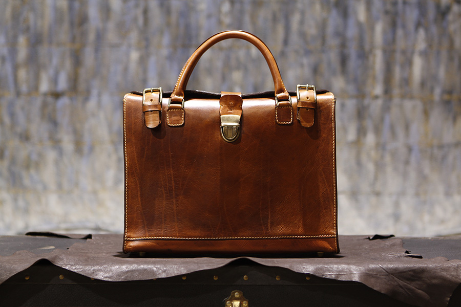 Bondbriefcase-handmadebriefcase-leatherbriefcase.jpg
