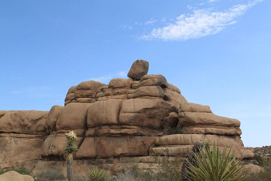 boulder-on-top.JPG
