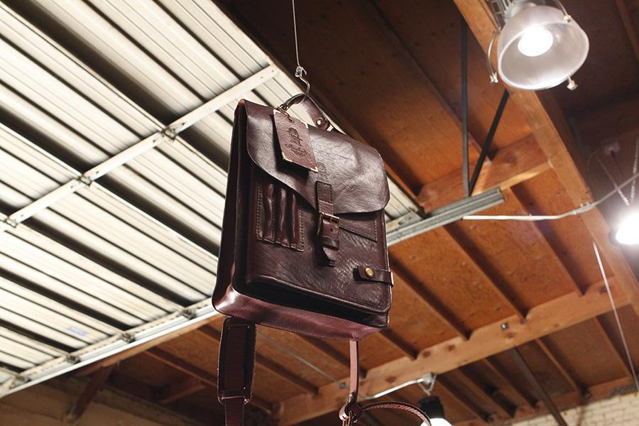 Nikolasmessenger-IPADbag-handmadeIPADbag-leatherIPADcase (1).JPG