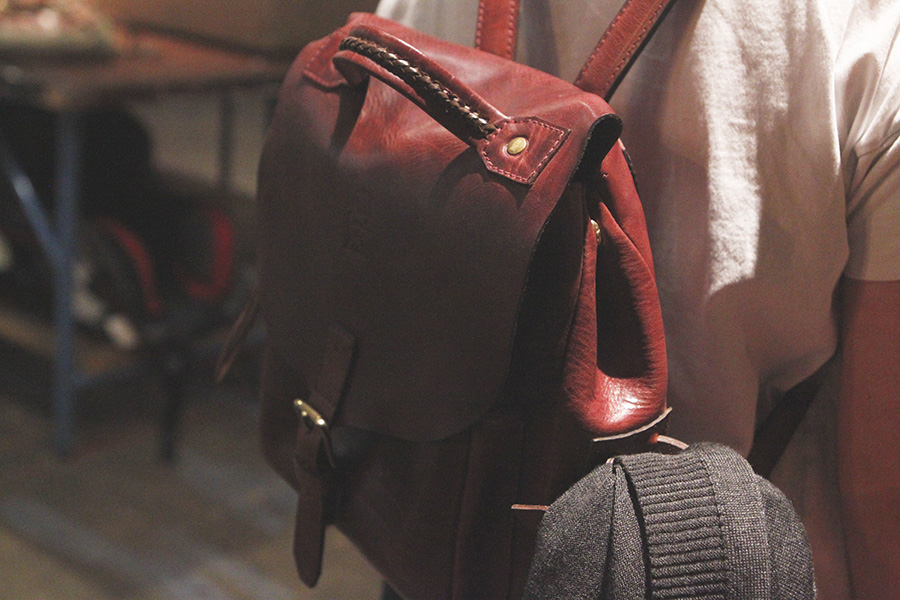 Allyson backpack in cognac & a bad photo job by me. =)
