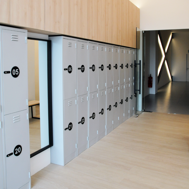 lockers.png