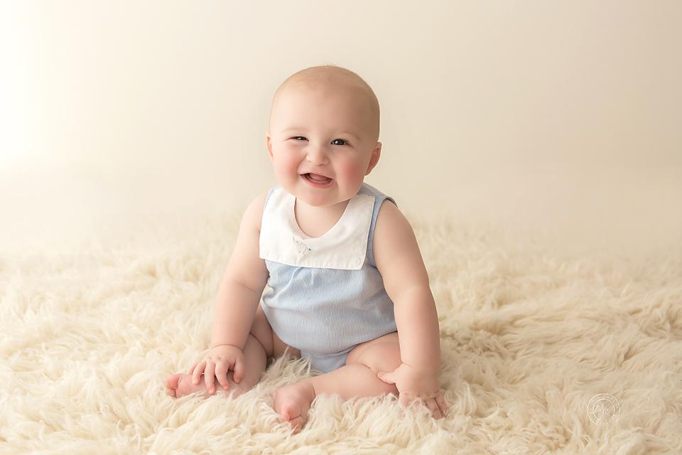 Archie-9maternity-newborn-baby-family-photographer-maitland-metford-huntervalley-portstephens-newcastle-studio copy.jpg