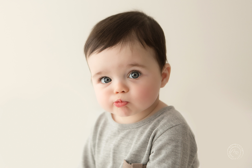 Bobby-16maternity-newborn-baby-family-photographer-maitland-metford-huntervalley-portstephens-newcastle-studio copy.jpg