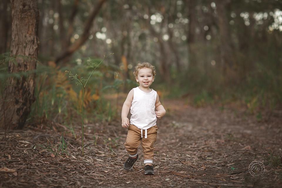 Family-44maternity-newborn-baby-family-photographer-maitland-metford-huntervalley-portstephens-newcastle-studio copy.jpg