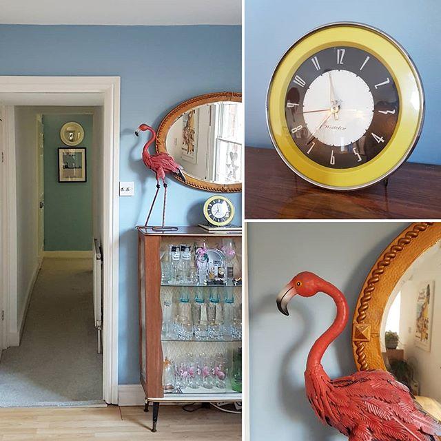#lulworthblue #farrowandball #paintinganddecorating #womenintrades #homedecor #flamingo #clock #franandlou #pinkandblue